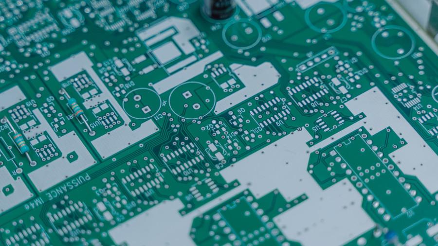 FPGA、ASICの違いは何ですか?