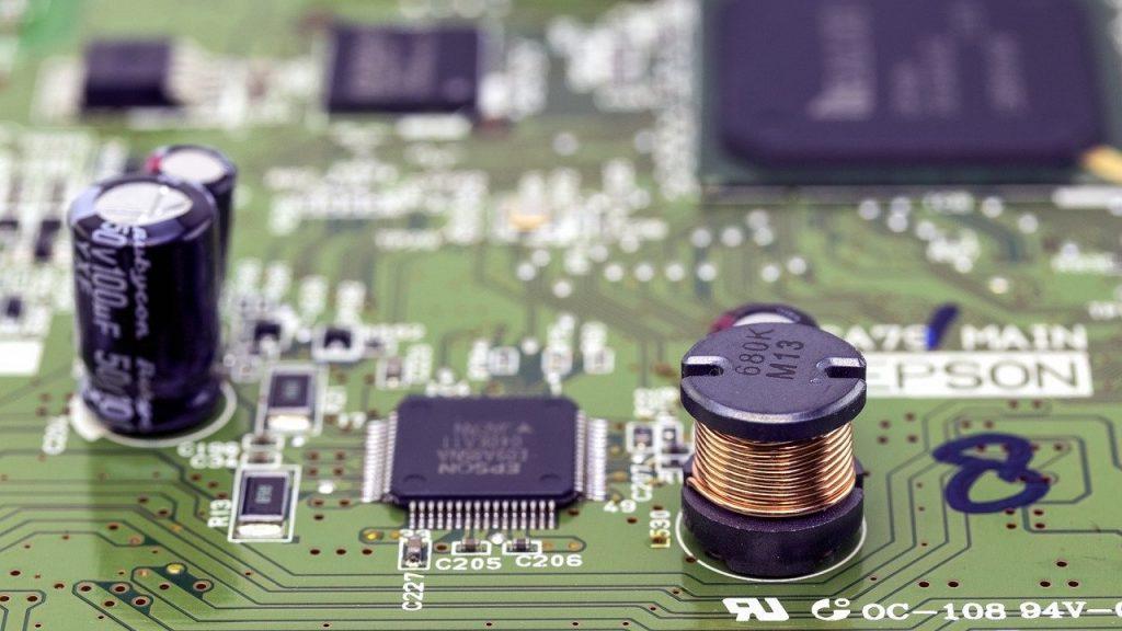 STM32F2シリーズとは?仕様・機能・評価ボード・開発環境・対応OSを紹介
