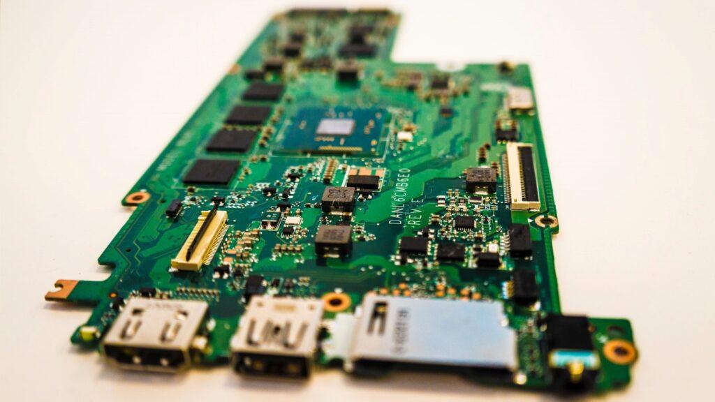 STM32L0シリーズとは?仕様・機能・評価ボード・開発環境・対応OSを紹介