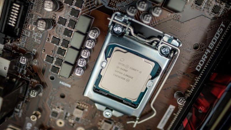 Arria 10 SoC FPGAとは?仕様・機能・評価ボード・開発環境・対応OSを紹介