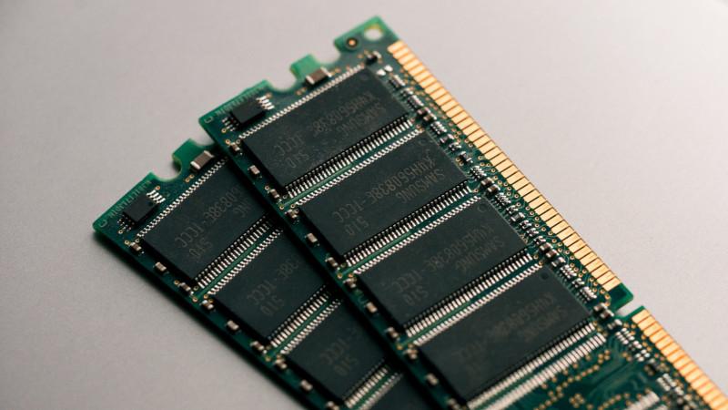 SH2A-FPU(SuperH RISC engine ファミリ)とは?仕様・機能・評価ボード・開発環境・対応OSを紹介
