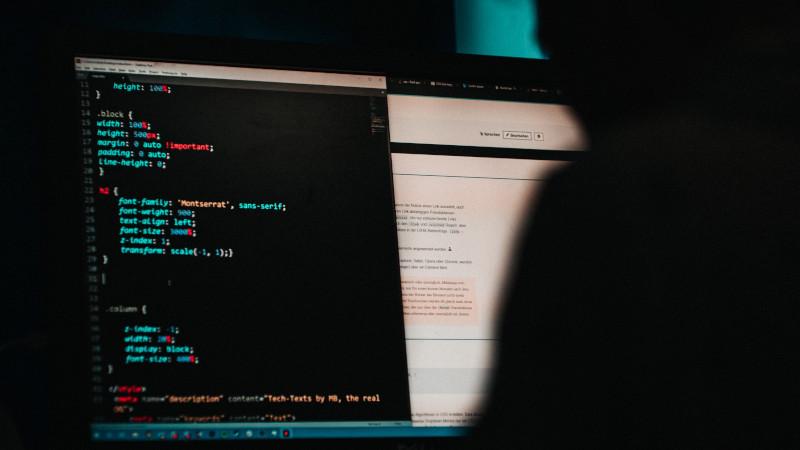 CUI(キャラクター・ユーザー・インターフェース)とは?意味・定義・特徴をわかりやすく解説